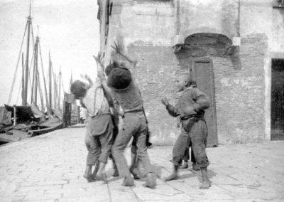 Venezia paesaggio ottocentesco - le vedute di tomaso filippi fotografo - bambini