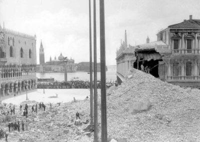 collezione archivio immagini venezia di tomaso filippi - crollo campanile piazza san marco